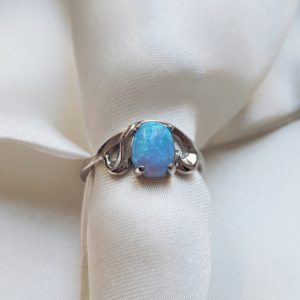 С 457 — Серебряное кольцо с опалом